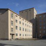 Kuvassa Kanta-Hämeen sairaanhoitopiirin Hämeenlinnan yksikön Ahvenisto-rakennus. Kuva on nettikoossa