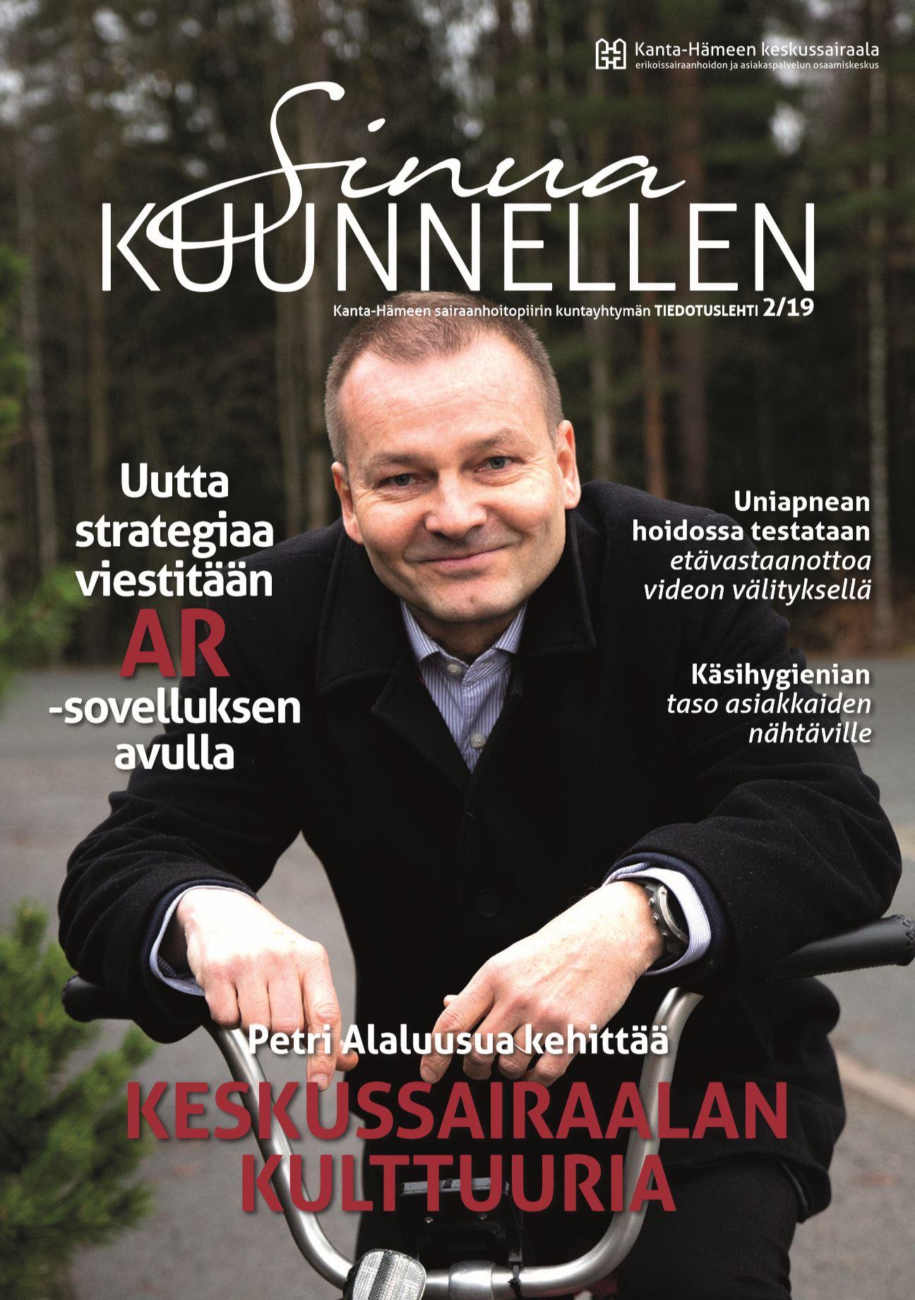 Sinua kuunnellen lehden vuoden 2019 talvinumeron kannessa on Petri Alaluusua pyöräilemässä