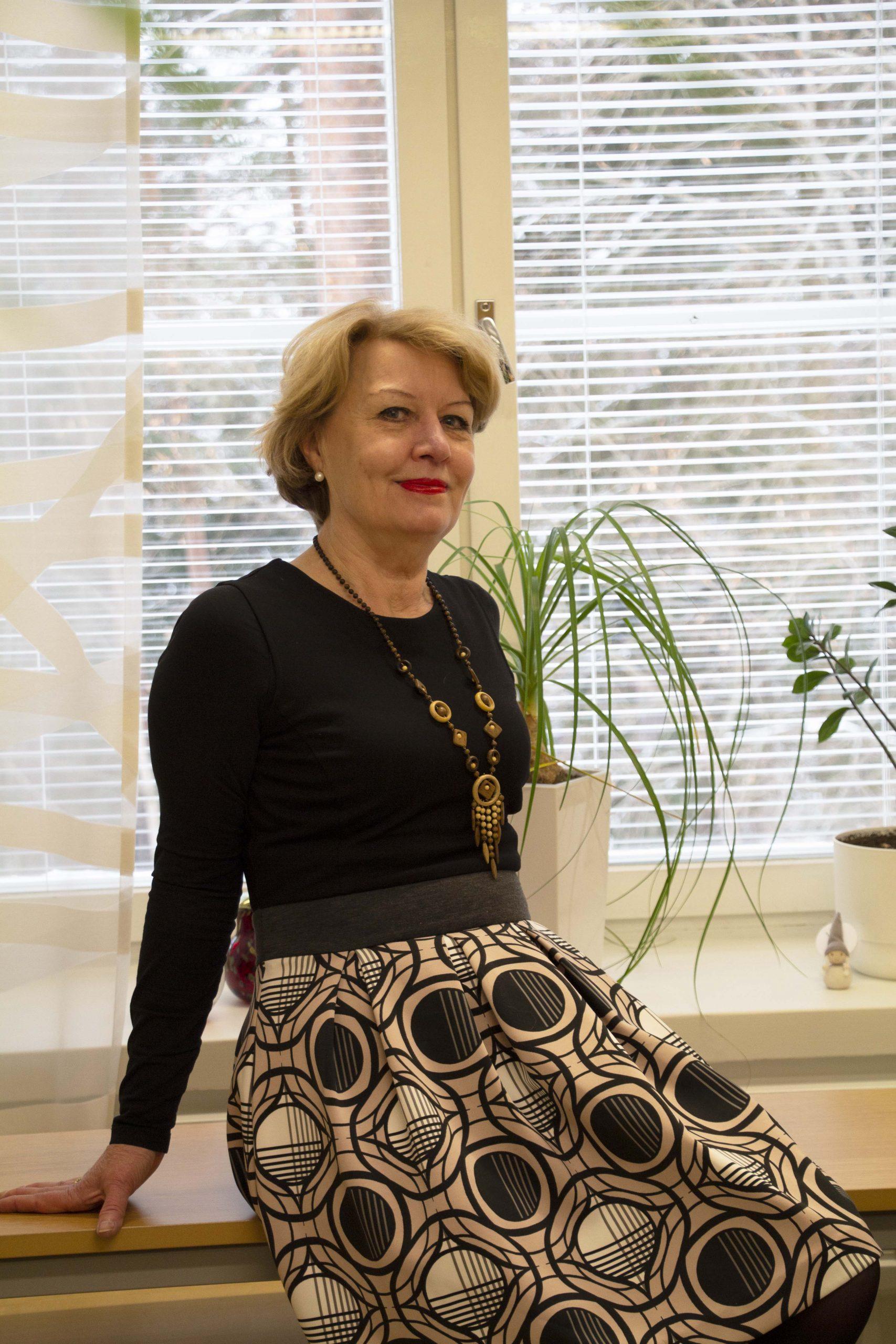 Johdon sihteeri Reija Lundberg